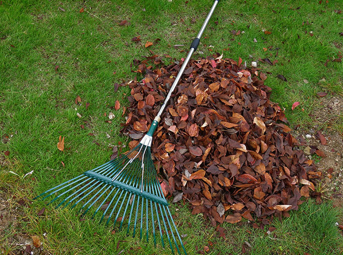 Yard rake -applications